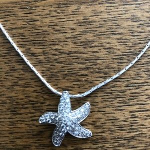 Silver necklace star fish